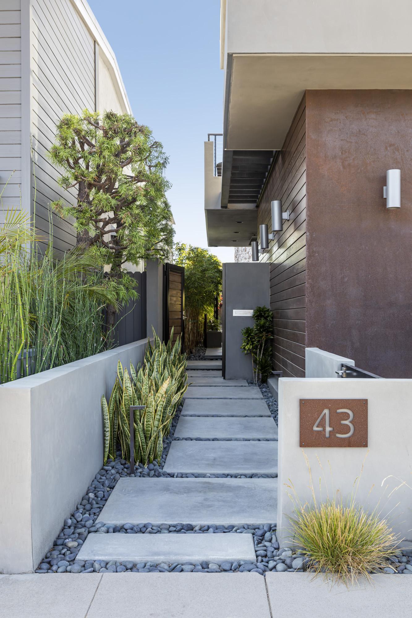 Jeannette-Architects-Naples-Colonnade-02